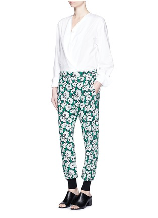 Figure View - Click To Enlarge - STELLA MCCARTNEY - Margarita flower print crepe pants