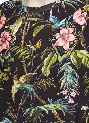 Detail View - Click To Enlarge - Gucci - Floral embroidery tropical print sweatshirt