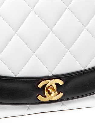 Detail View - Click To Enlarge - VINTAGE CHANEL - Bicolour quilted lambskin leather flap bag