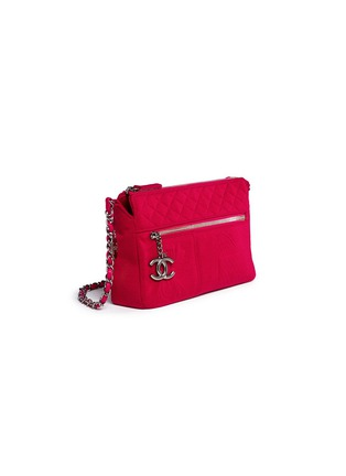 Figure View - Click To Enlarge - Vintage Chanel - Embossed quilted cotton zip bag