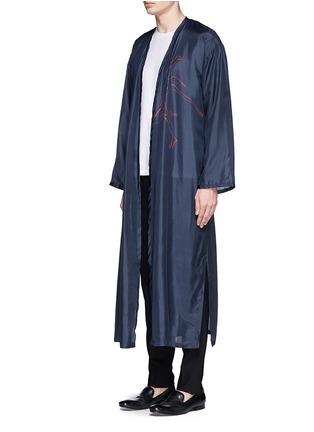 Front View - Click To Enlarge - Dries Van Noten - 'Vellano' dancer print silk robe