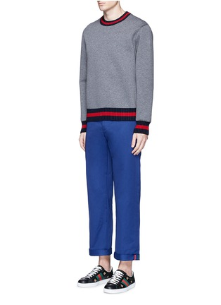 Figure View - Click To Enlarge - Gucci - Contrast trim rolled cuff cotton chinos
