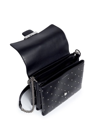 Detail View - Click To Enlarge - ALEXANDER MCQUEEN - Twin skull stud leather chain satchel