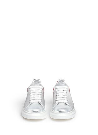 Front View - Click To Enlarge - Alexander McQueen - 'Larry' metallic leather sneakers