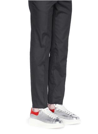 Figure View - Click To Enlarge - Alexander McQueen - 'Larry' metallic leather sneakers