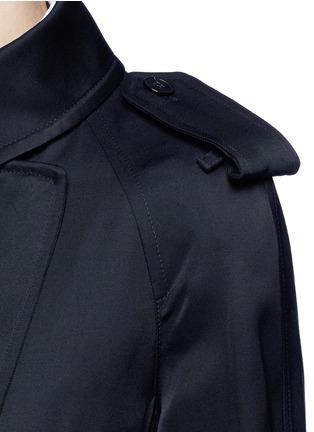Detail View - Click To Enlarge - Victoria Beckham - Gabardine drape fluid trench coat