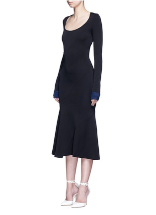 Front View - Click To Enlarge - Victoria Beckham - Mermaid hem contrast cuff knit dress