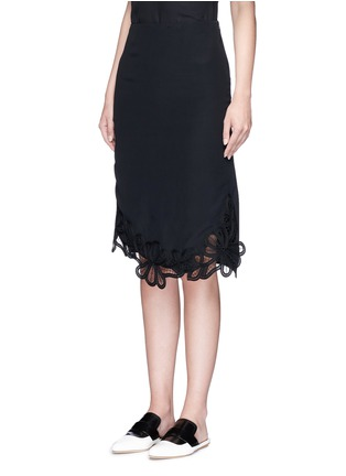 Front View - Click To Enlarge - Victoria Beckham - Guipure lace side split crepe skirt