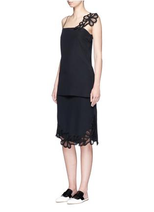Figure View - Click To Enlarge - Victoria Beckham - Lace appliqué silk camisole top