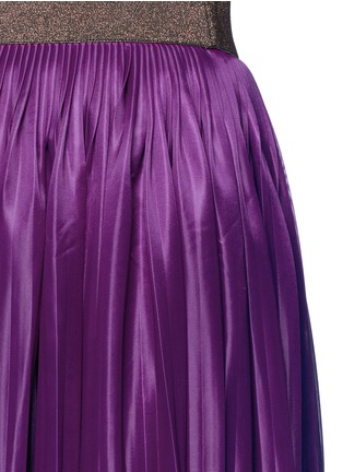 Detail View - Click To Enlarge - Victoria Beckham - Metallic waistband plissé pleat jersey skirt