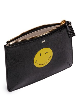 Detail View - Click To Enlarge - Anya Hindmarch - 'Wink Loose Pocket' small leather zip pouch