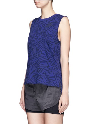 Front View - Click To Enlarge - NIKE - Abstract print cotton muscle tank top