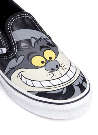 Detail View - Click To Enlarge - Vans - x Disney 'Classic' Chesire Cat print canvas kids slip-ons