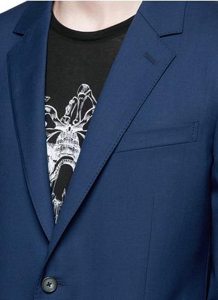 Detail View - Click To Enlarge - ALEXANDER MCQUEEN - Slim fit notch lapel wool blazer