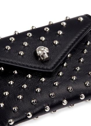 Detail View - Click To Enlarge - Alexander McQueen - Skull stud envelope leather card holder