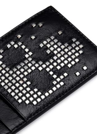 Detail View - Click To Enlarge - Alexander McQueen - Stud pixel skull leather cardholder