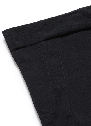 Detail View - Click To Enlarge - Spanx By Sara Blakely - 'OnCore' mid-thigh shorts