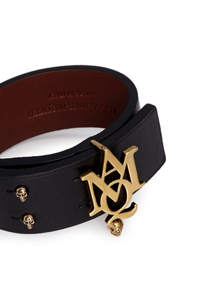 Detail View - Click To Enlarge - Alexander McQueen - AMQ skull charm leather bracelet