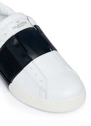 Detail View - Click To Enlarge - VALENTINO - Open leather slip-on sneakers