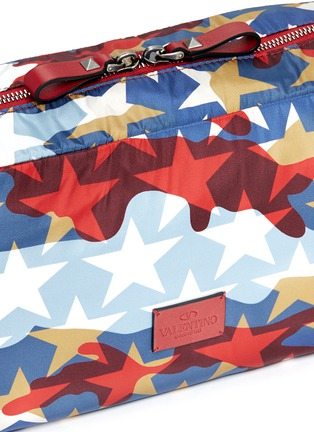 Detail View - Click To Enlarge - VALENTINO - 'Camustars' washbag