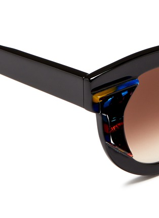 Detail View - Click To Enlarge - Thierry Lasry - 'Slutty' pearlescent contrast acetate cat eye sunglasses
