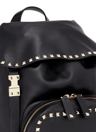 Detail View - Click To Enlarge - Valentino - 'Rockstud' flap drawstring leather backpack