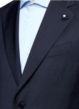 Detail View - Click To Enlarge - Lardini - 'Archilight' wool suit