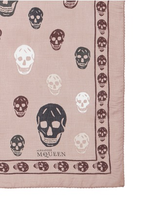 Detail View - Click To Enlarge - Alexander McQueen - Bicolour skull silk chiffon scarf