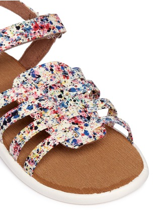 Detail View - Click To Enlarge -  - Tiny Huarache paint splatter print toddler slingback sandals