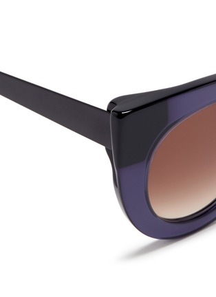 Detail View - Click To Enlarge - Thierry Lasry - 'Cheeky' matte temple acetate cat eye sunglasses