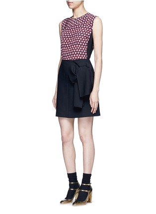 Figure View - Click To Enlarge - Marc Jacobs - Vintage diamond print silk sleeveless blouse
