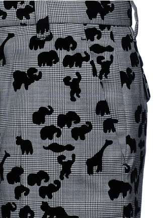 Detail View - Click To Enlarge - Marc Jacobs - Flocked animal print glen plaid wool shorts