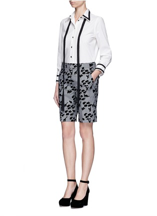 Figure View - Click To Enlarge - Marc Jacobs - Flocked animal print glen plaid wool shorts