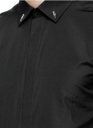 Detail View - Click To Enlarge - Neil Barrett - Thunderbolt stud collar poplin shirt