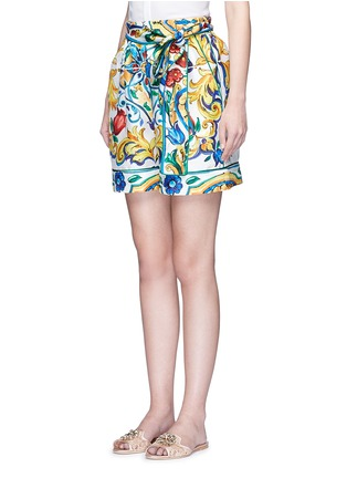 Front View - Click To Enlarge - - - Belted maiolica print silk shorts