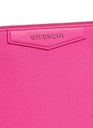 Detail View - Click To Enlarge - Givenchy - 'Antigona' large leather zip pouch