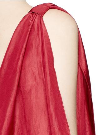 Detail View - Click To Enlarge - Rosie Assoulin - 'Brush Ya Shoulder' two-way tie silk top