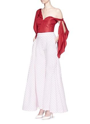 Figure View - Click To Enlarge - Rosie Assoulin - 'Brush Ya Shoulder' two-way tie silk top