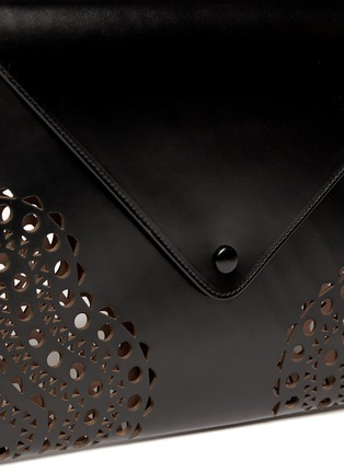 Detail View - Click To Enlarge - Alaïa - Perforated corner leather envelope clutch