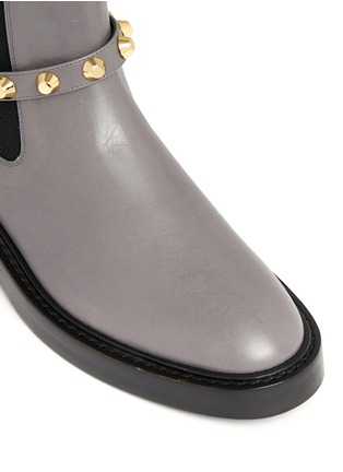 Detail View - Click To Enlarge - Balenciaga - 'Classic' stud harness leather Chelsea boots