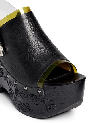 Detail View - Click To Enlarge - TOGA SHOES - PVC trim floral embossed leather wooden clogs