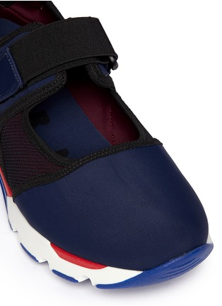 Detail View - Click To Enlarge - Marni - Strap mesh techno fabric sneakers