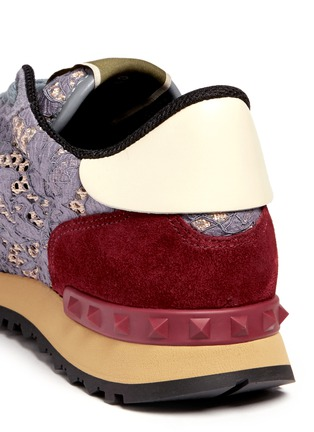 Detail View - Click To Enlarge - Valentino - Colourblock macramé lace sneakers