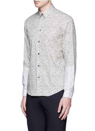 Front View - Click To Enlarge - CARVEN - Ginkgo print contrast sleeve cotton shirt