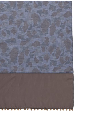 Detail View - Click To Enlarge - kolor - Medallion trim camo print chambray scarf