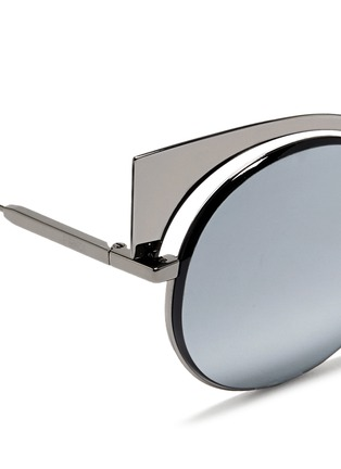 Detail View - Click To Enlarge - Fendi - 'Eyeshine' metal round cat eye mirror sunglasses