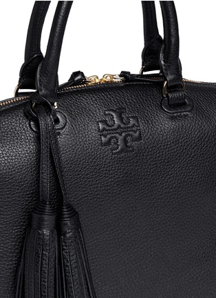 Detail View - Click To Enlarge - Tory Burch - Thea' medium slouchy leather satchel