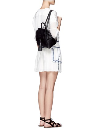 Figure View - Click To Enlarge - TORY BURCH - Thea' mini leather backpack