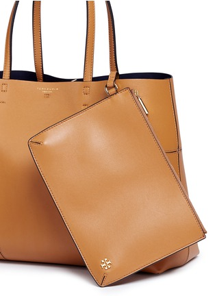 Detail View - Click To Enlarge - Tory Burch - 'Block-T' leather tote