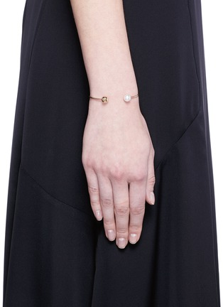 Figure View - Click To Enlarge - Sophie Bille Brahe - 'Deesse Petite Perle' 14k yellow gold pearl cuff